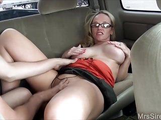Milfs Big Boobs Backseat video: Wife Fucks Stranger in Backseat