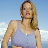 Jeri ryan bare tits pictures