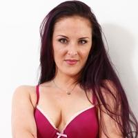 Scarlett johansson free copy of boob sqweezing