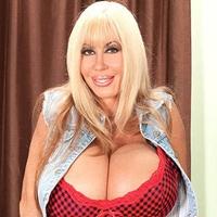 elizabet-star-porno-zvezda-porno-zhenskiy-orgazm-skvirting-video