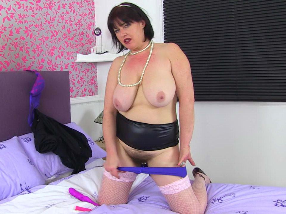 Matures,Stockings,Milf,British,Mom,Older Woman Fun,HD Videos,Fishnet Stockings,Fishnet,MILF Stockings
