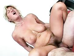 Bouncing Granny Tits