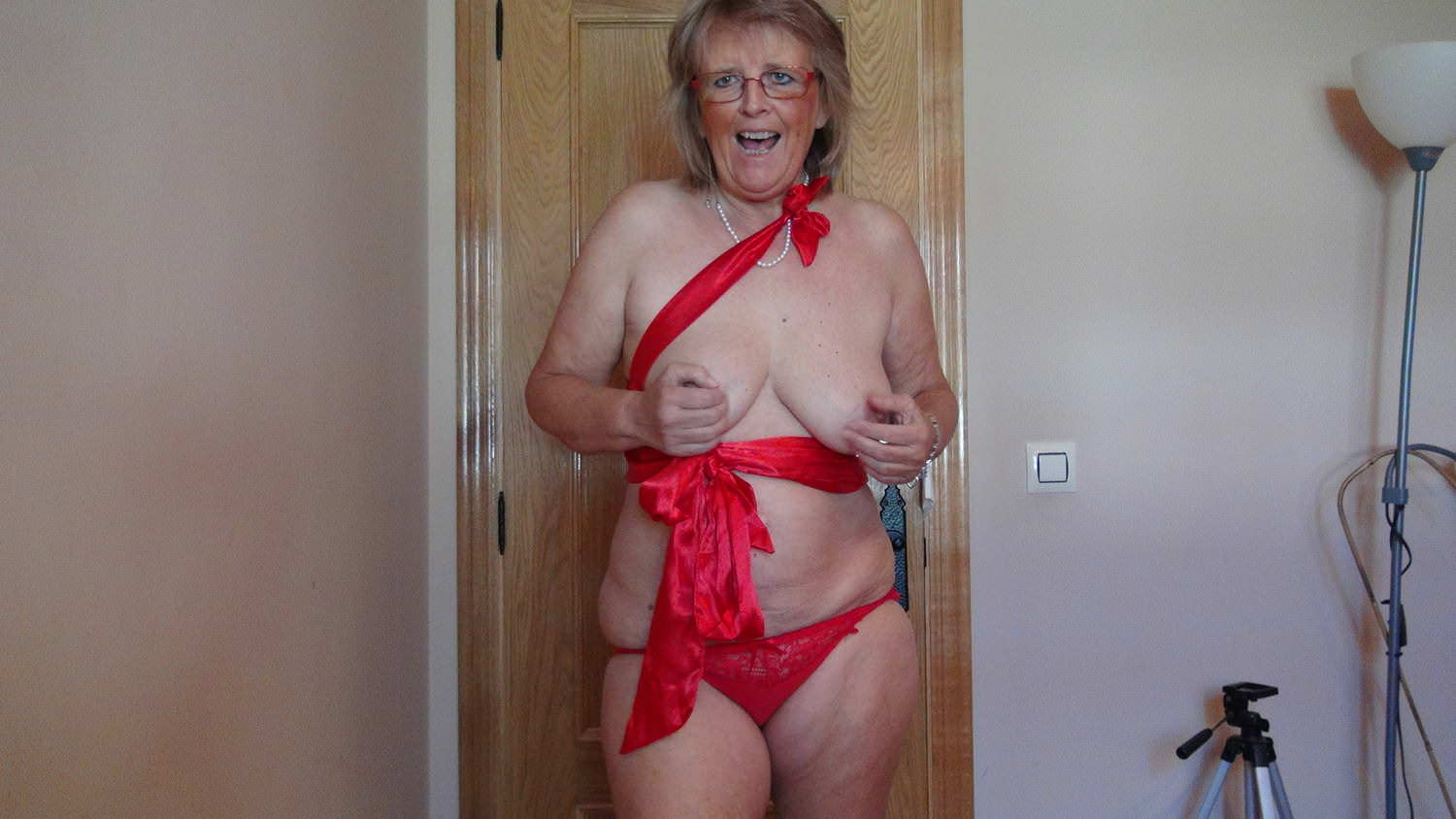Top Rated,French,Grannies,German,HD Videos,Spanish,Swiss,Granny