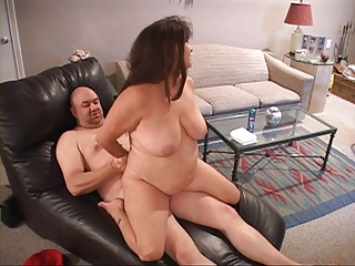 .Huge Tit Mature Housewife Gets Butt Fucked.