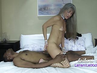 Milfs Amateur porno: Centerfold Maid Vol 12