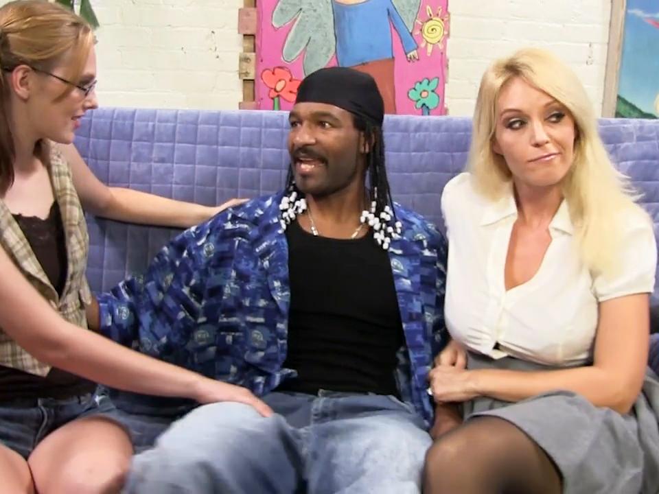 Interracial,Milf,Threesome,Cougars,Big Cock,Dogfart Network,HD Videos,Daughter