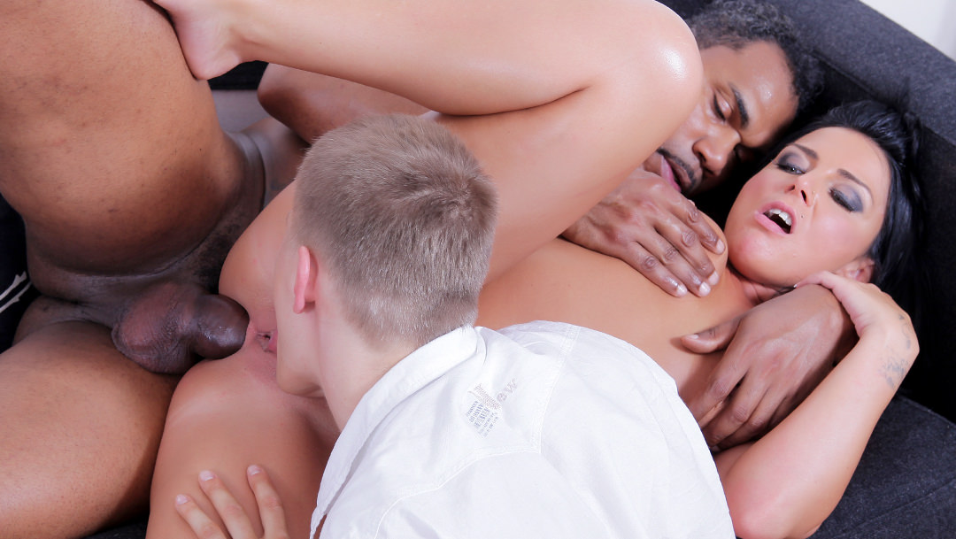 Anal,Brunettes,Hardcore,Interracial,Cuckold,Do The Wife,HD Videos,Trashy,Black Wife,Wife Fucked,Black Fucked,Black,Fucked