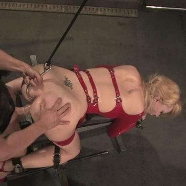 Flogging molly kiss my irish ass