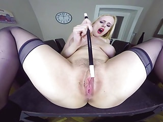 Stacked vixen uses a magic wand on her smush mitten to make it leak like a broken pipe