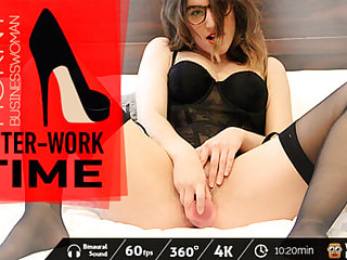 Sexy office lady loves filling her hot pocket with plastic objects