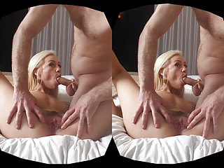 Blonde bint loves getting her fuck hole stuffed with some man meat