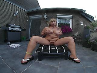 CHRISSY - masturbating on her balcony for you
